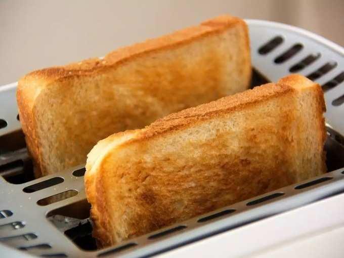 white bread side effects: White Bread : पांढऱ्या ब्रेडमुळे कमकुवत होतंय तुमचं शरीर, 'या' गंभीर आजारांचा करावा लागेल सामना