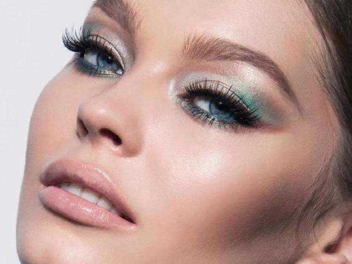 Eyeshadow Palette Makeup : लगाएं ये Eyeshadow Palette और आंखों को बनाएं और भी ज्यादा खूबसूरत