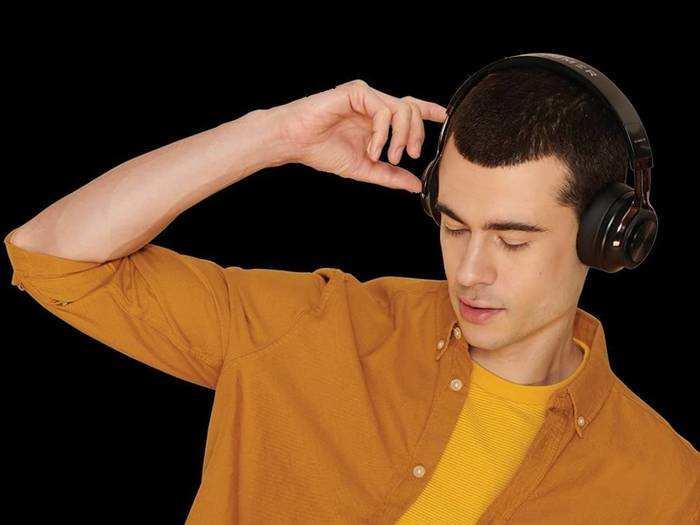 Wireless Over Ear Headphones : गेमिंग के लिए बेस्ट हैं ये Headphones, देखें यह पूरी लिस्ट और इनके फीचर