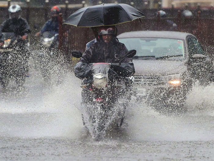 monsoon likely to reach delhi on 10th july says imd