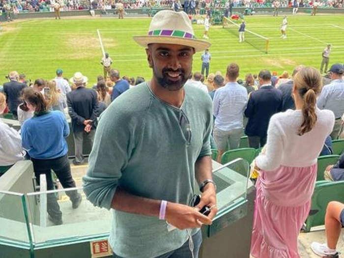 Ashwin Enjoying Wimbledon: कोच रवि शास्त्री के बाद आर. अश्विन पहुंचे विंबलडन देखने, शेयर की तस्वीर