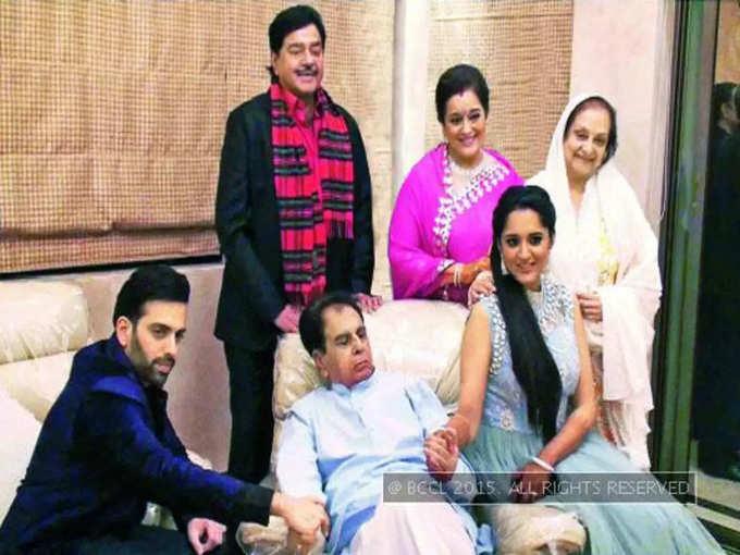 Shatrughan Sinha family with dilip kumar
