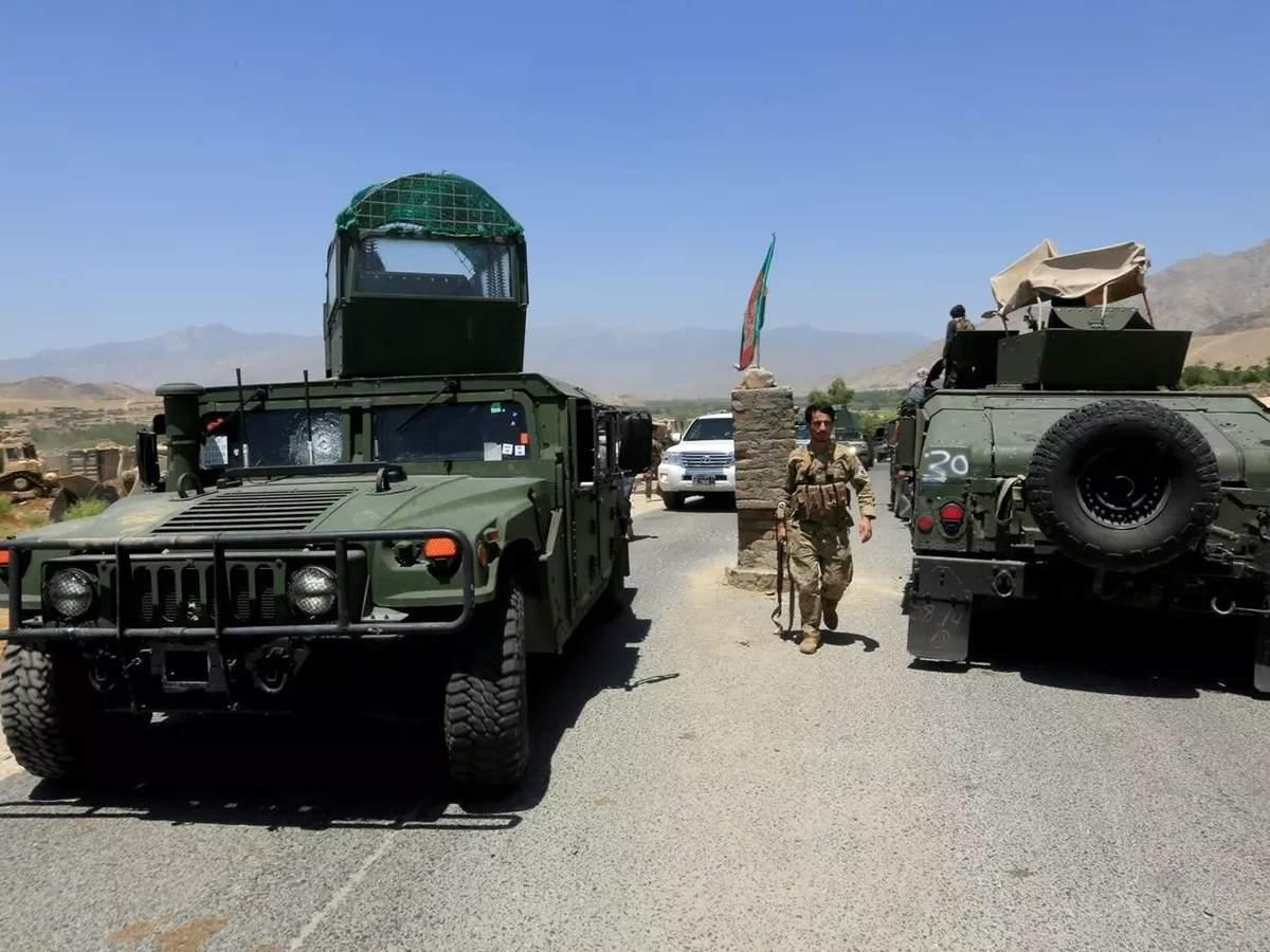 war video: Afghan Armed Forces Airstrikes on Taliban video viral: तालिबान  के ठिकानों पर अफगान सेना के हवाई हमले का वीडियो - Navbharat Times