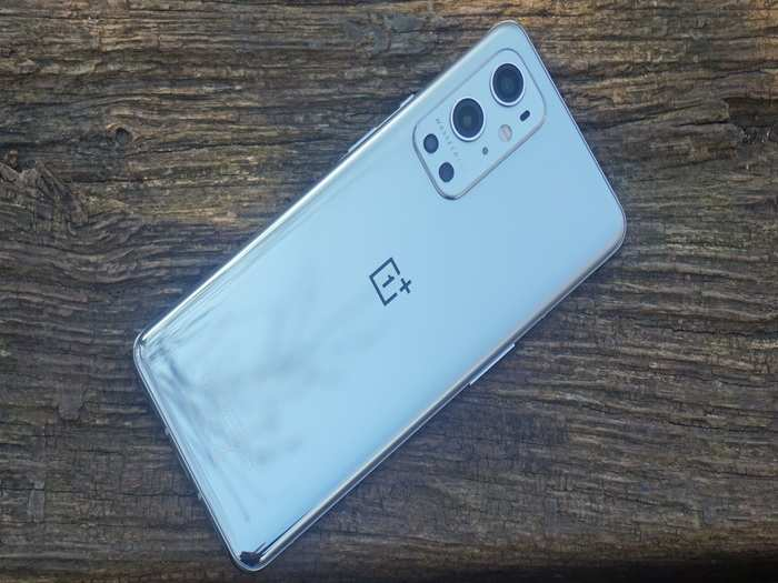 OnePlus 9T and OnePlus 9T Pro Launch Price Specs India