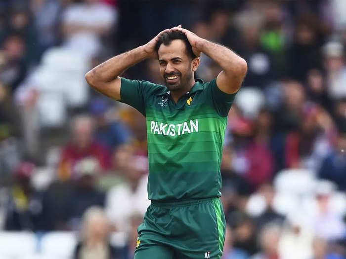 Wahab Riaz Deported: पाकिस्तान की इंटरनैशनल बेइज्जती, सीनियर क्रिकेटर वहाब रियाज को जबरदस्ती स्वदेश लौटाया गया