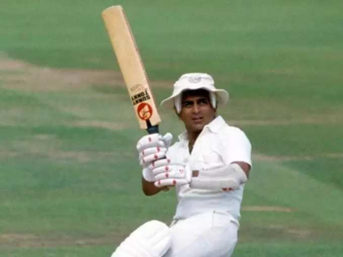 चार टेस्ट में 4 सेंचुरी जड़ बटोरी सुर्खियां