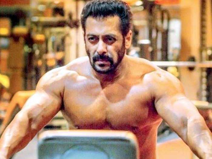 5 killer exercises to broader your chest muscles like salman khan hrithik roshan