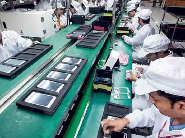 samsung vivo oppo and lava manufacturing production at noida factory