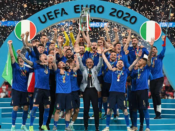इटलीने युरो जिंकले