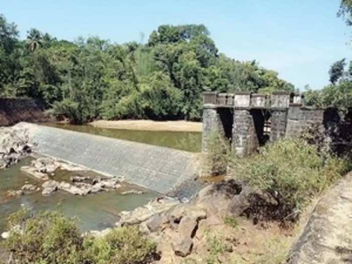 shiriya dam