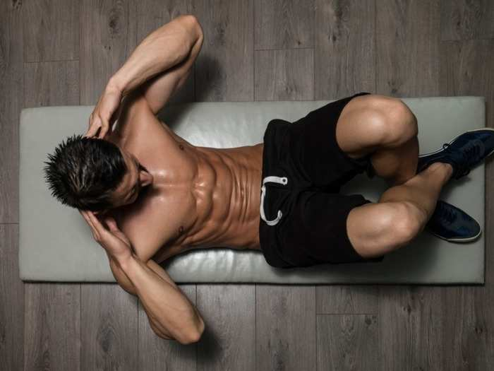 minimum number of crunches you need to do to get a flat stomach or abs