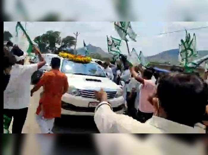 Rajasthan News : अलवर में बीजेपी प्रदेशाध्यक्ष सतीश पूनिया को दिखाए काले झंडे, किसान नेताओं ने जताया रोष