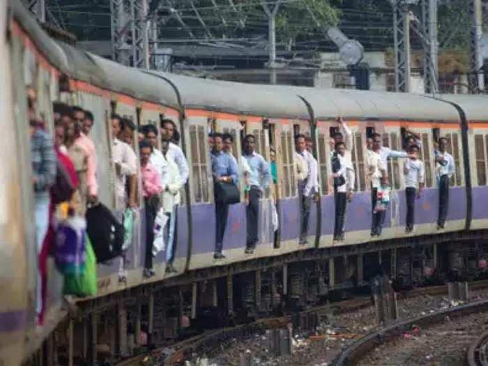 Railway Mega Block : मध्य रेल्वेवर उद्या ब्लॉक नाही