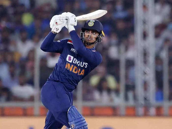 Ishan Kishan Dream ODI Debut: पहली गेंद पर सिक्स, दूसरी पर फोर, फिर जड़ी फिफ्टी, ईशान किशन ने यूं मनाया बर्थडे और वनडे डेब्यू का खास जश्न