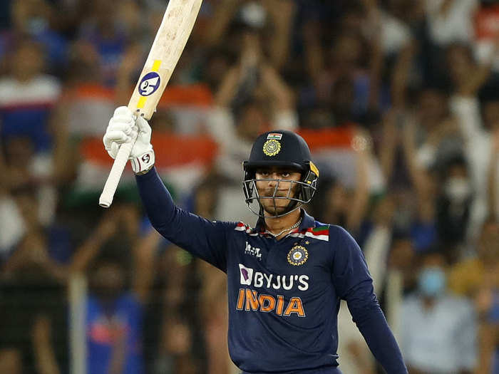 Ishan Kishan Fifty On ODI Debut: ईशान किशन ने डेब्यू वनडे में जड़ी 33 गेंदों में फिफ्टी, खास रेकॉर्ड लिस्ट में दर्ज हुआ नाम