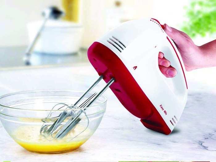 मिक्स करने हो अंडे या फिर केक का बैटर, इन टॉप ब्रांड के हैंड मिक्सर से सब काम हो जाएगा आसान