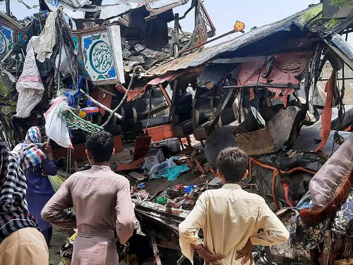 pakistan-accident