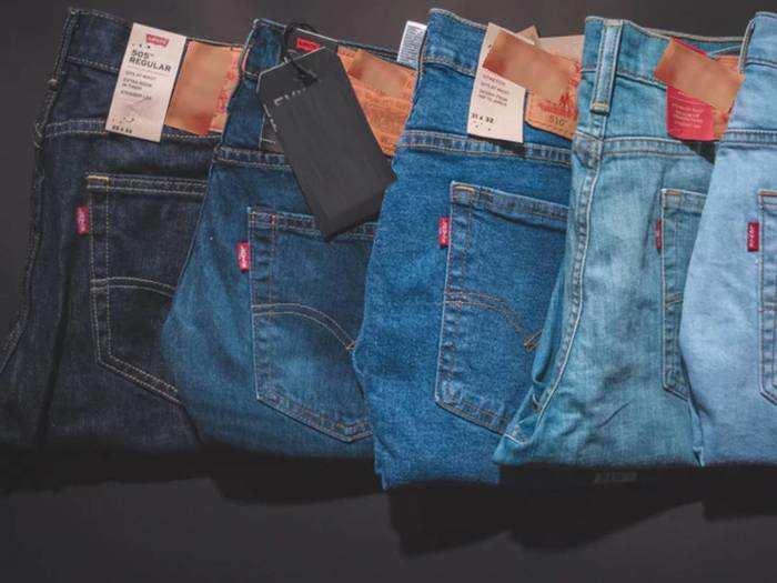 मात्र 1,399 रुपए की कीमत में मिल रही हैं ये 3 Mens Jeans, जानें और भी खास ऑफर्स