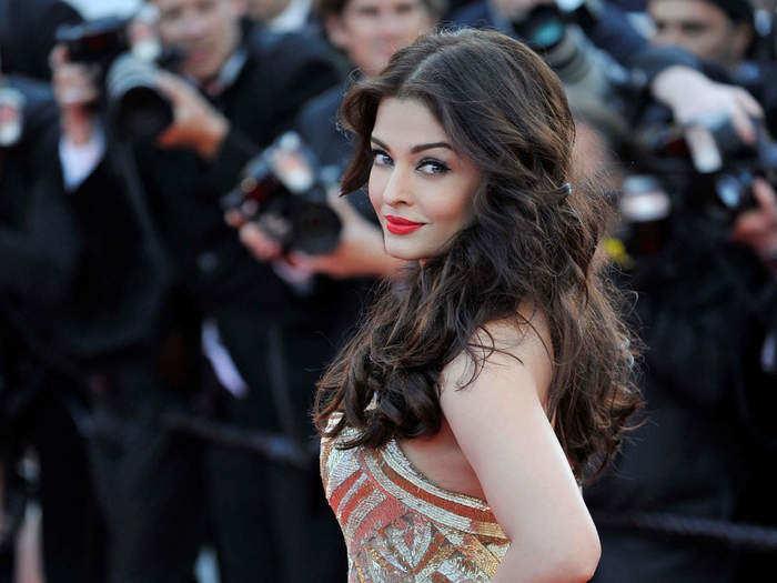 aishwarya rai bachchan shiny and silky hair and glowing skin secret tips
