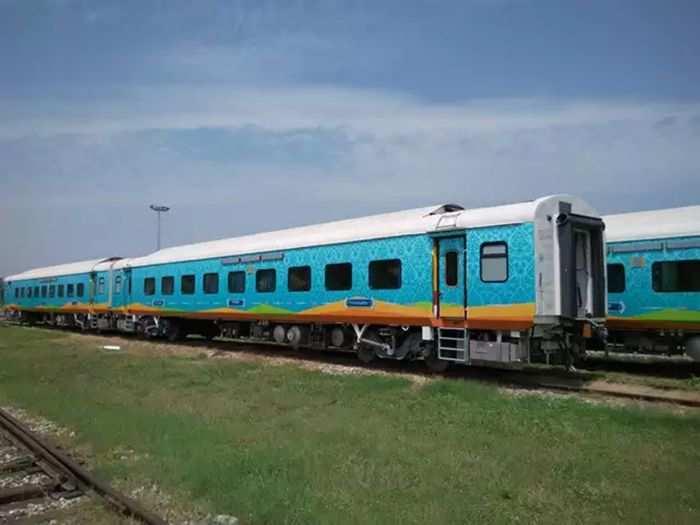 humsafar-express-starts-its-journey