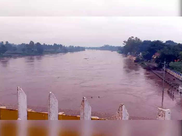 Fear of floods in Sangli again; Krishnas water level reached 23 feet