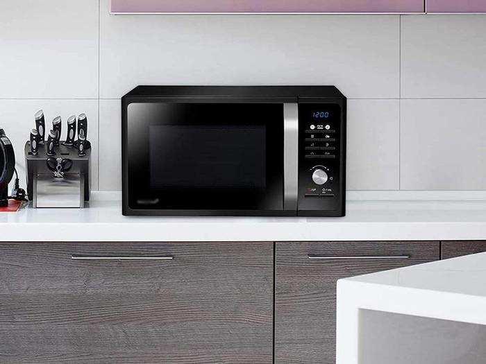 कुकिंग का है शौक तो आज ही घर ले आएं ये Microwave Ovens, बना सकते हैं कई लजीज डिश