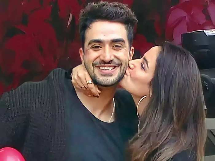 actress jasmin bhasin once said that she is not ready for marriage with boyfriend aly goni and she dont want to spoil relationship by marriage