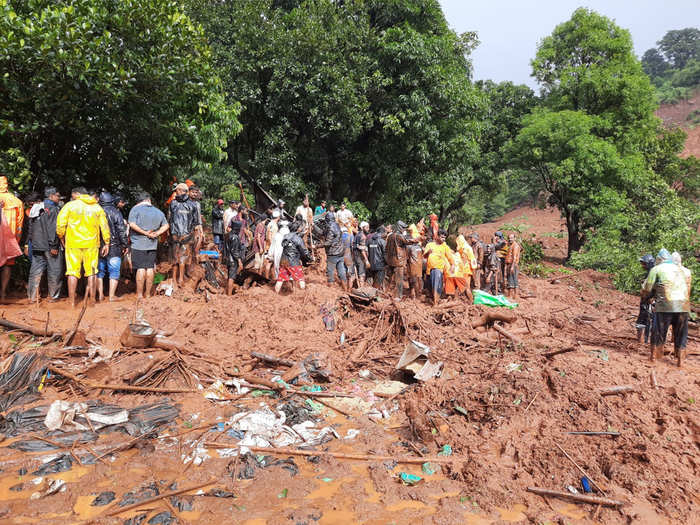 21 bodies recovered from landslide in satara and 12 still missing