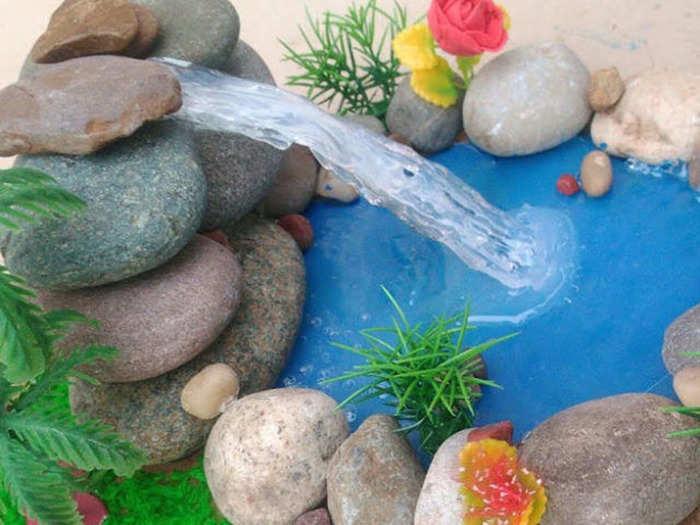 घरी या ठिकाणी पाण्याचा कारंजा ठेऊन पाहा, खूप फायदा होईल
