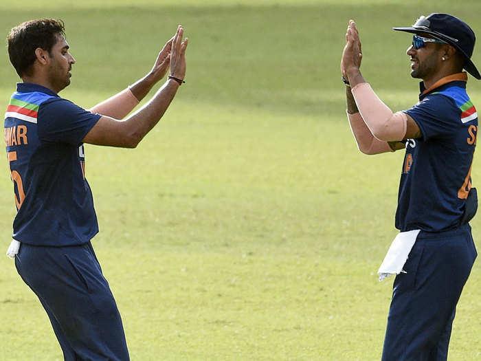 SL vs IND 1st T20 Highlights: भुवनेश्वर कुमार के आगे बेदम श्रीलंकाई बल्लेबाज, गब्बर की टीम ने 38 रन से मारा मैदान