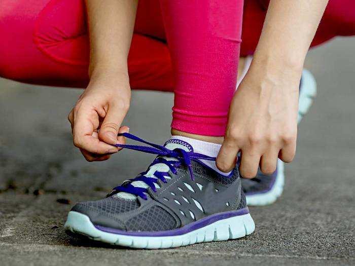 80% के डिस्काउंट पर मिल रहे हैं ये सॉफ्ट और लाइटवेट Running Shoes, जॉगिंग के लिए भी हैं बेस्ट