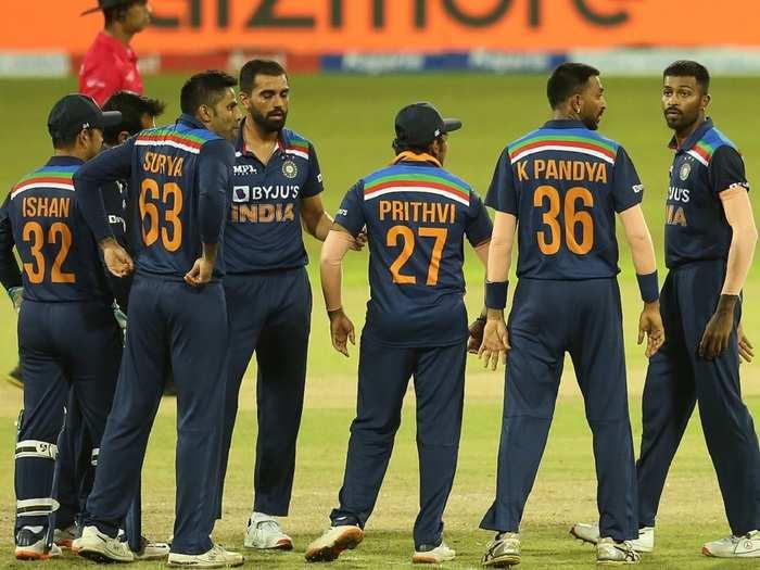 Team India in 1st t20i vs Sri Lanka