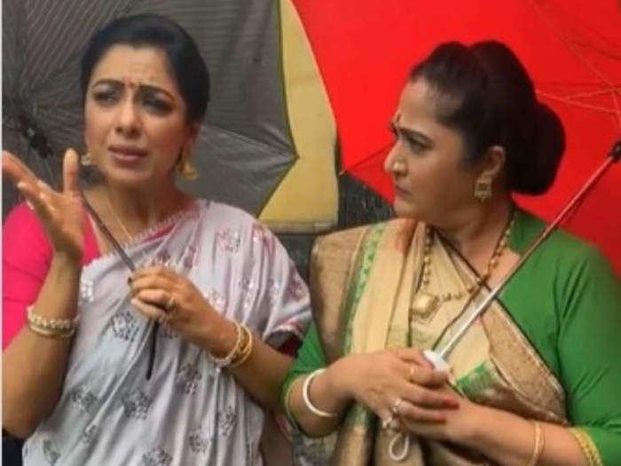 Rupali ganguly and alpana buch
