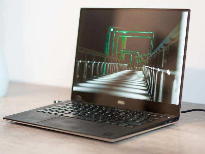 बेहतरीन कॉन्फिगरेशन वाले इन Laptop से अपने ऑफिस वर्क को करें आसान