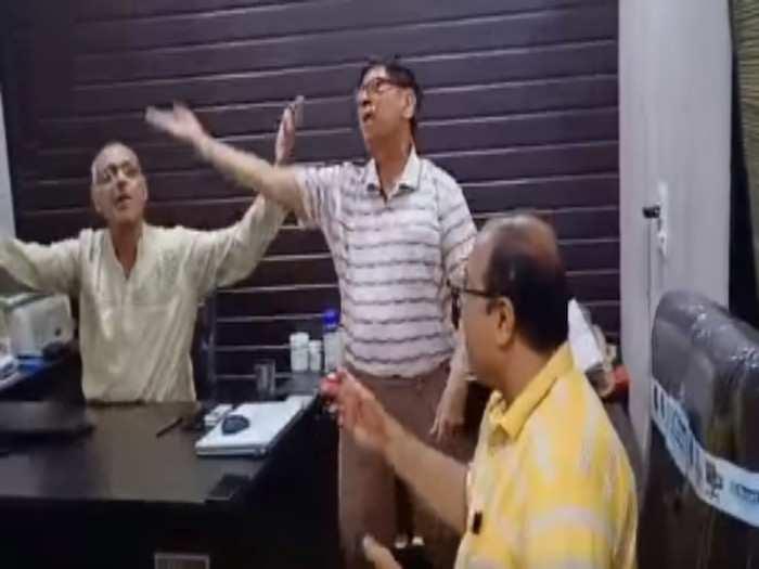 old people dance viral video