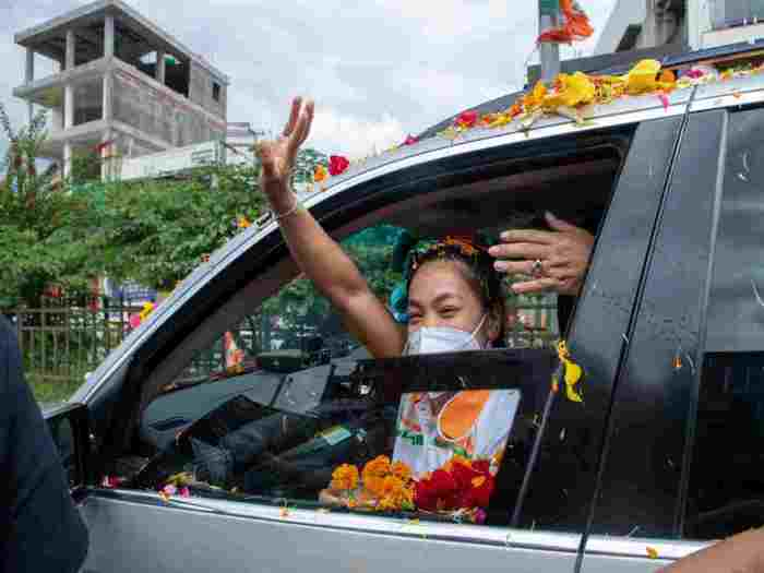 olympic 2020 mirabai chanu grand welcome in india road show exclusive photo