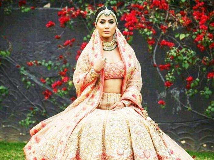 hina khan wore red silk bengali saree with white banarasi lehenga for kasautii zindagi kay