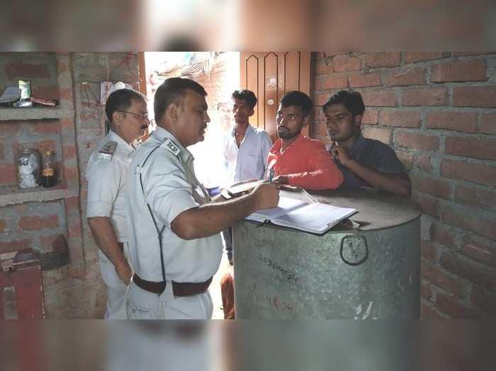 Nalanda News: घर में ताला डाल मायके गई महिला... इधर लॉक तोड़ घुस गए चोर... दो लाख के जेवरात सहित कांसे के बर्तन भी ले उड़े