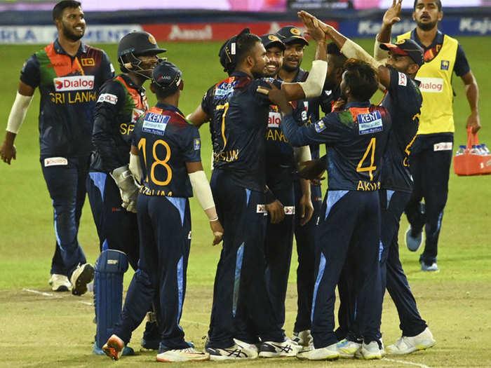 IND vs SL 3rd T20: पूरी पारी में लगे सिर्फ 4 चौके, हसरंगा का कमाल, शर्मनाक रेकॉर्ड भारत के नाम