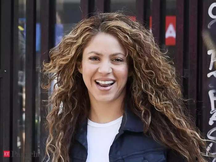 Shakira 011