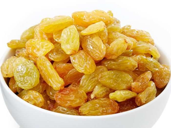 raisins kishmish is superfoods to help you gain weight or add muscle