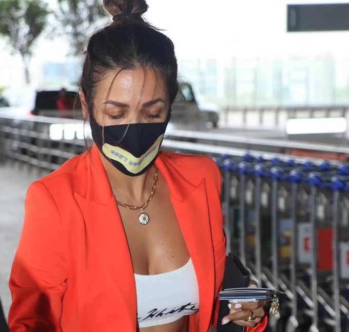 एयरपोर्ट पर कुछ ऐसी दिखीं मलाइका