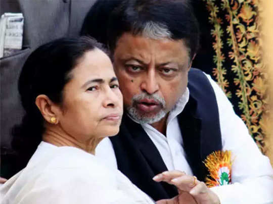 Mukul Roy news: West Bengal Politics: BJP ka daman chhod TMC me aaye mukul  roy ki vidhayaki khatare me, Suvendu Adhikari bole- jayenge court, West  Bengal Politics: BJP का दामन छोड़ TMC में आए मुकुल रॉय की विधायकी खतरे  में, सुवेंदु अधिकारी बोले- जाएंगे ...
