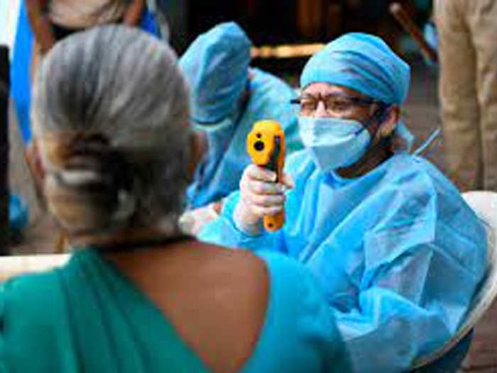 maharashtra registered 6600 new cases in a day