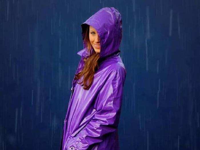 मॉनसून सीजन में बहुत काम आएंगे ये बेस्ट क्वालिटी वाले Raincoat