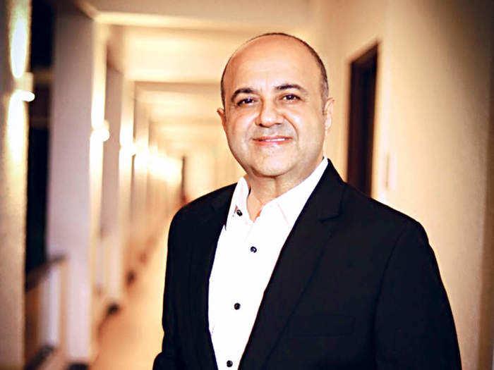 success story mufti-apparel-kamal-khushlani-mens-jeans-fashion-brand-business-entrepreneur