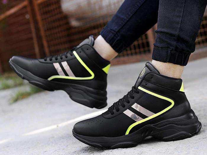 स्टाइलिश और कंफर्टेबल Sneakers For Men से अपग्रेड करें अपनी ड्रेसिंग स्टाइल और पार्टी में दिखें डैशिंग