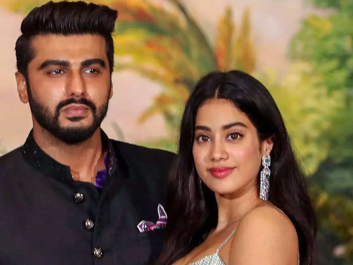 arjun kapoor and janhvi kapoor revelation about their relationship says a lot about family love