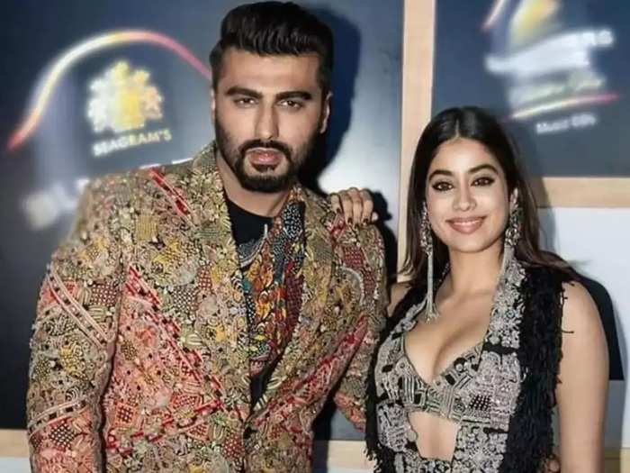 arjun kapoor talk about her bond with janhvi and khushi kapoor