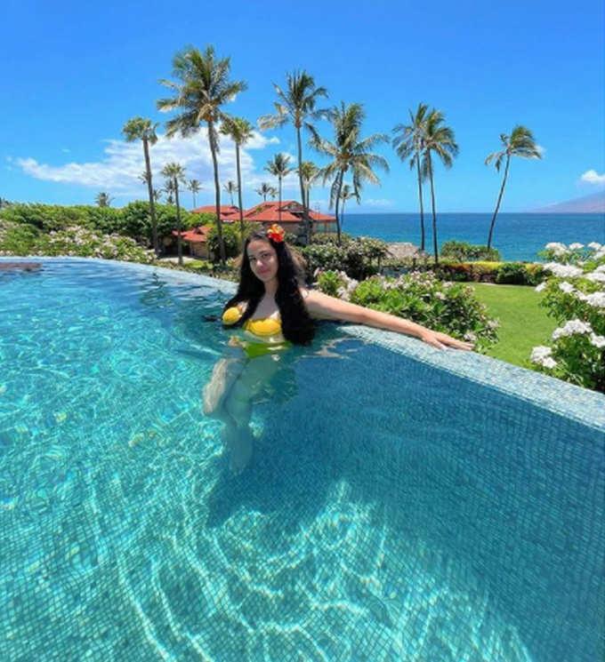 trishala dutt shares her bold pictures in bikini